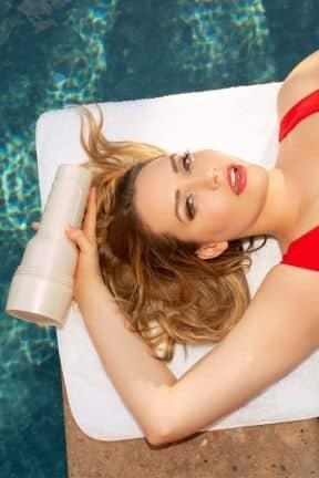 Sex toys for men Fleshlight Mia Malkova Lvl Up