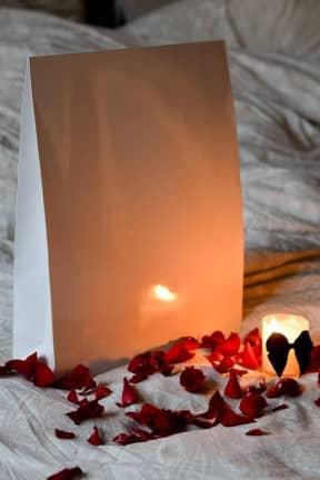 Love Kits Venus,Lube,Massage,strawb,OneNightStand,blindfold